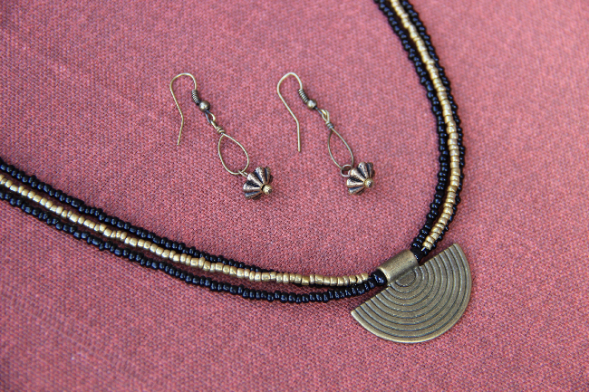 Custom earring and necklace set