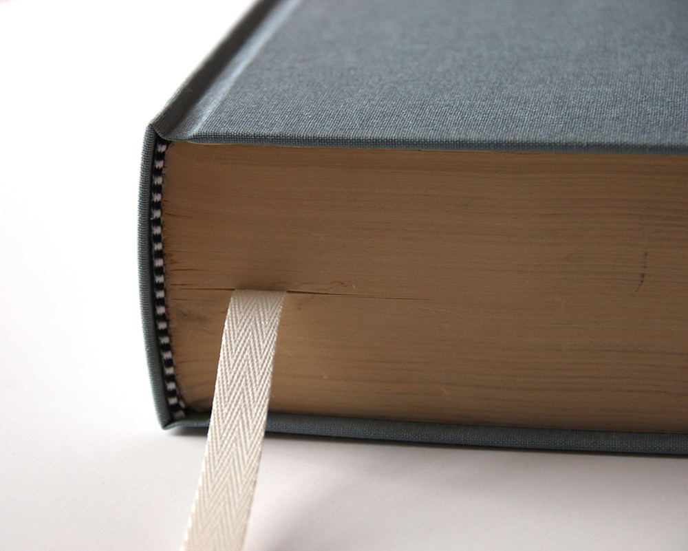 Large hardcover bookbinding services